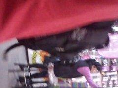 Culo gordo de chaparrita en le metro