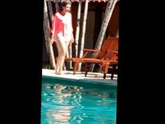 Milf na piscina