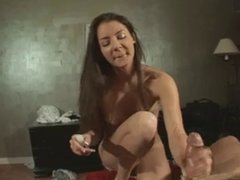Handjob by sexy amateur Payton!