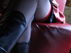 Flashing tops of the stockings in restaurant