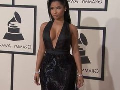 Nicki Minaj 2015 Grammy Red Carpet, epic cleavage