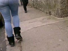Candid bubble butt Latin teen jeans ass