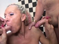 French cougar Shanael double fucked