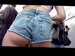 Upskirt On Short Jeans BVR