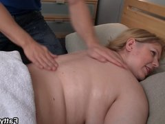 Big booty fatty must fuck masseur