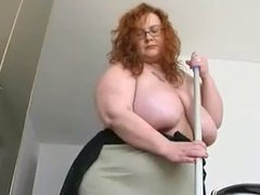 Solo #64 (SSBBW) Cleaning the Apartment