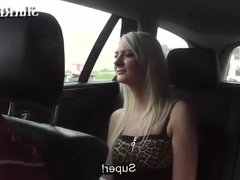 18yo student does handjob and gets fingering in a Taxi