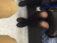 Nylon legs on the tube