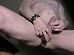 my cumshot in front of my webccam