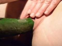 Lonely milf cucumber solo play