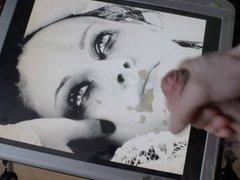 Kristen Stewart cum tribute facial queen