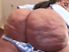 big bottom girl twirking