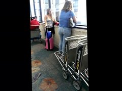 Candid PAWG Milf at FLL Airport