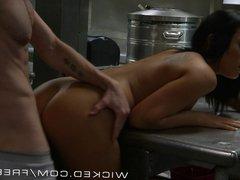 Wicked - Gianna Nicole fucks her boss in the kitchen
