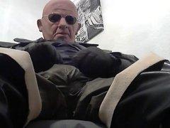 rubber old man wanking