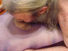 Eating Wifes Pussy