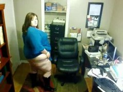Solo #78 (SSBBW) Showing off her Body on Webcam