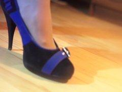Liza in heels 2