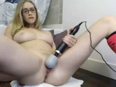 SQUIRTING WEBCAM GIRLS