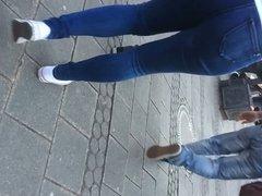 Onion ass Nuernberg schlampe Jeans