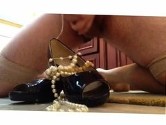 NOT mother in law's heels and pearl necklaces get a cum load
