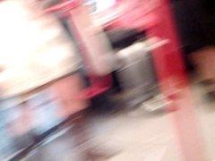 Sexy legs im metro 6 Sexy Beine in der U-Bahn 6