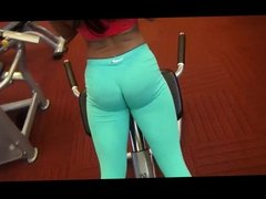 Stunning Busty Diana Levy does sexy Booty Workout