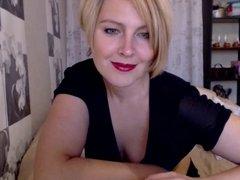 Mature Milf Blond Teasing on Web Cam