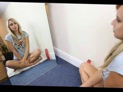 Caroline show how to mastrubate