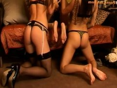 Amazing lesbian scoolgilrs licking & fingering each others.