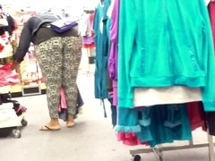 Juicy Jiggly Big Black Ass Bending At Sears. . .