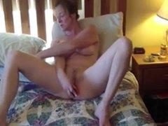 Hot Horny Amateur Milf Enjoys Her Fuck !
