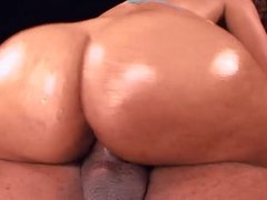 booty showoff by buxom carol hd