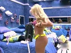 Julia Nunes - BBB15 (Que rabo e esse !!!)