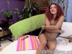 Daisy Ducate drives you nut with her terrific orgasm