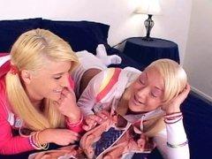 blode teen lesbians