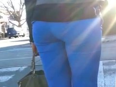 SEXY MILF WITH A AWESOME VPL I SAW TWO DAYS IN A ROW!!!