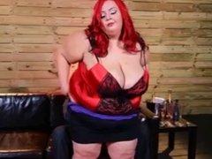 Eros & Music - BBW SSBBW In Red