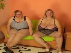 Big Breast S1EP1:2 big breast fucked by skinny girl strapon