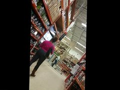 Big booty in Home Depot