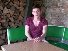 YOUNG CUTE BOY - OUTDOOR WEBCAM