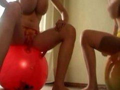Sabrina oda Billie Ball Bouncing