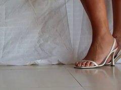 sexy MILFY feet in heels