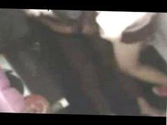 indonesia-jilbab kuda kudaan di warnet