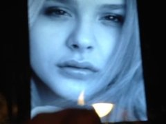 A tribute to Chloe Grace Moretz. Controlled mouth cum!