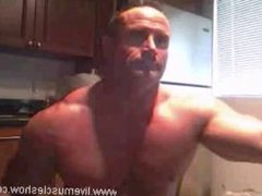 muscle daddy on webcam