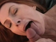 she plays with her mouth