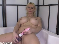 Get Dirty and Wet with Norwegian MonicaMilf