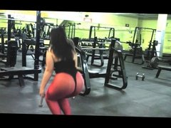 Thick pawg girl gym workout