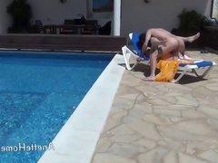 sexe a la piscine avec couple francais exhibe en cam